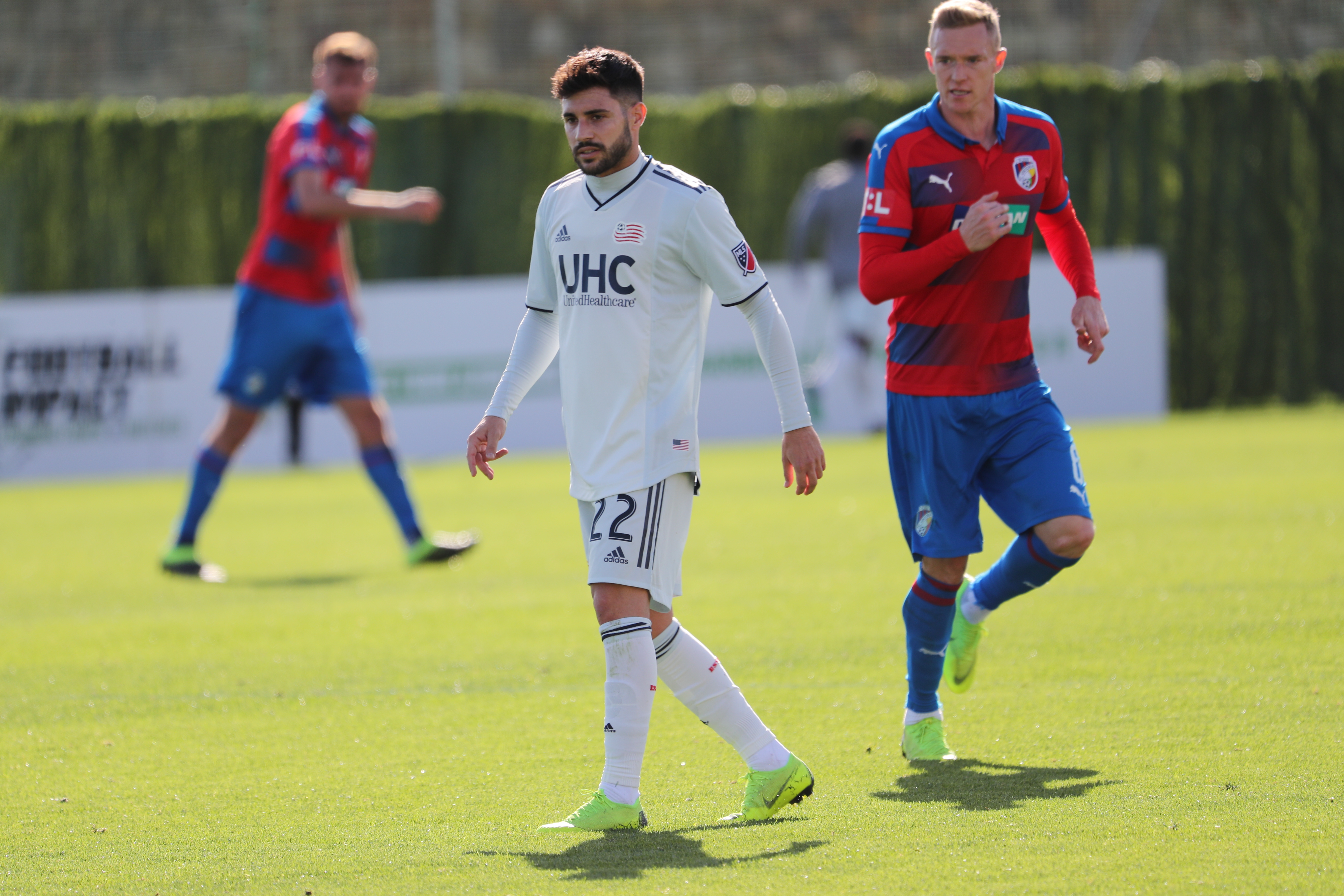 4bbb612fc40 New England Revolution Notes: Carles Gil Joins Team In Florida